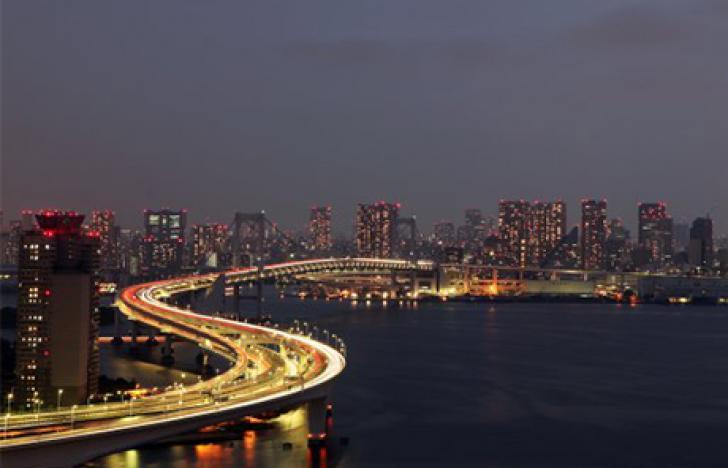 Komplexe Infrastrukturen für Bevölkerung und Verkehr