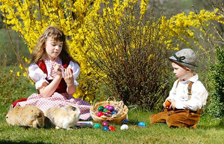 Österreichs Familien geben sich wieder traditioneller
