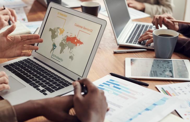Corona beschleunigt digitalen Wandel in Wirtschaft und Verwaltung